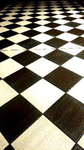 写真・チドリ格子の床.JPG