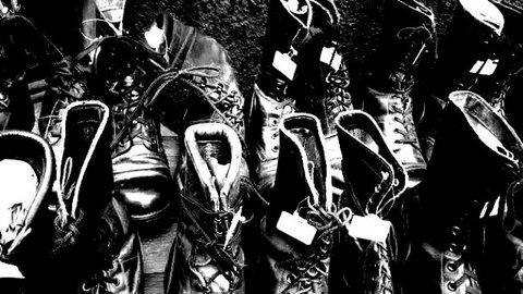 写真・黒いブーツ.jpg